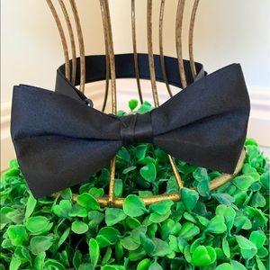 Adjustable Black Satin Bow Tie